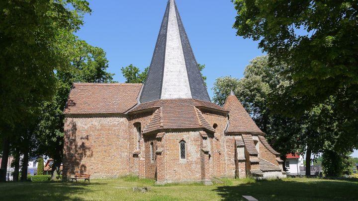 Kirche Ludorf